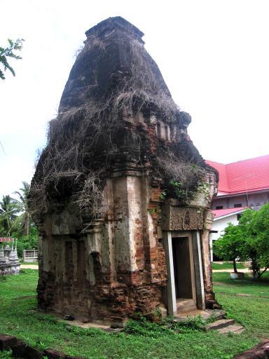 Wat Prang Torng - Korat